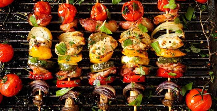 Barbecue Et Plancha 12 Recettes Faciles D Ete A Partager Entre Amis Herta Le Gout Des Choses Simples